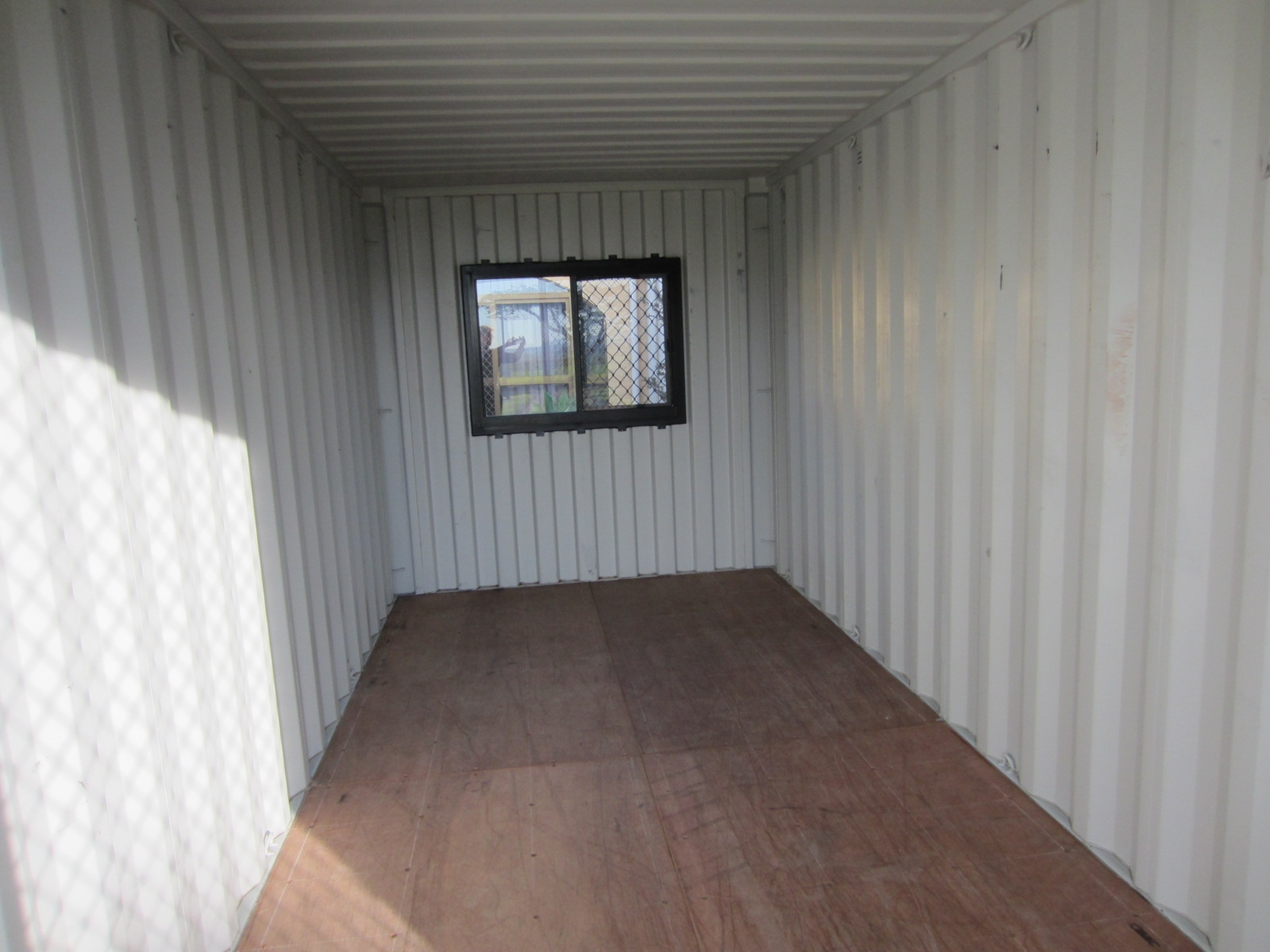 Modified container (3)