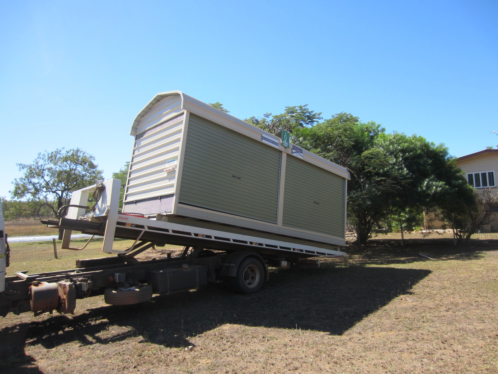 Specialised portable buildings (1)