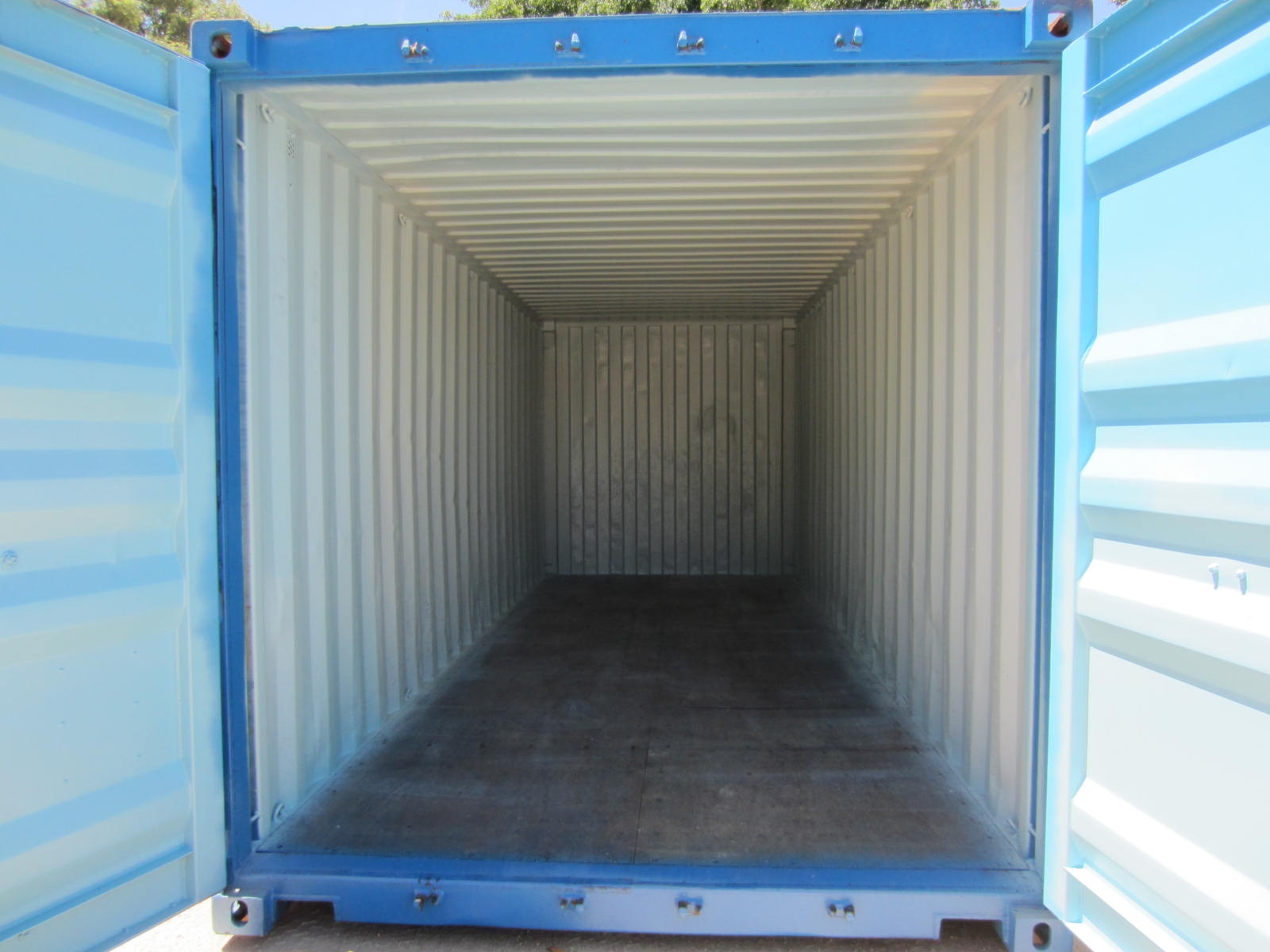 20' second hand blue container 3