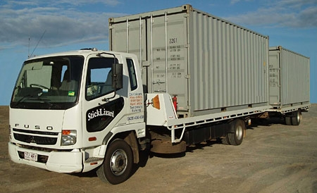 2x 20' shipping container transport